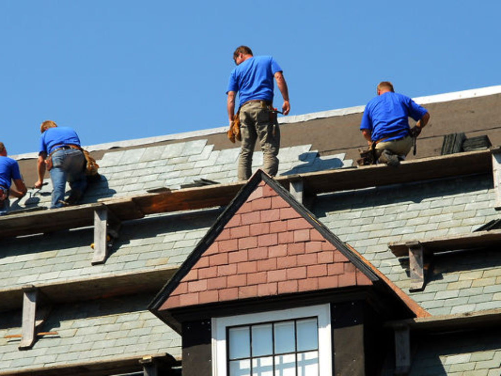 Step by Step Procedure of Roof Painting in a Residential Property