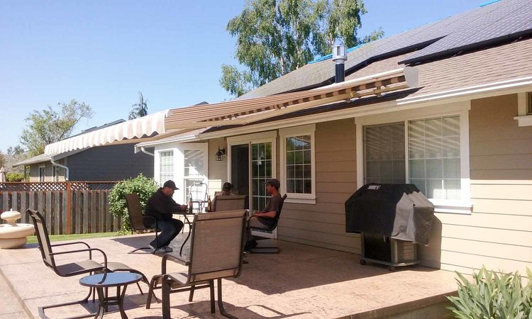 Create Your Perfect Outdoor Destination by Installing a Gorgeous Awning